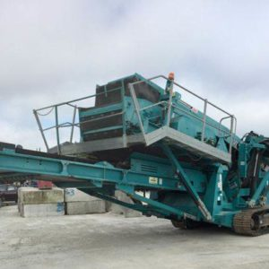 2011 Powerscreen Chieftain 1400 Tracked Mobile Screen Plant