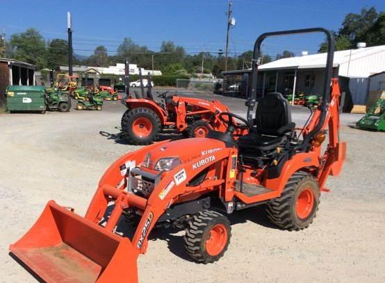 2016 Kubota BX25DLB Utility Tractor