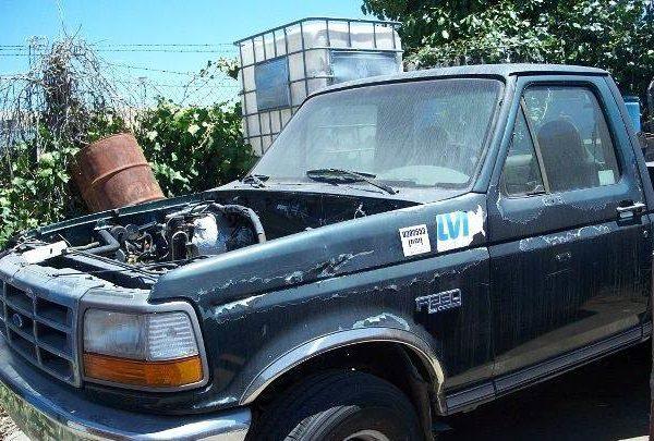 1995 Ford F-250 XL Utility Truck