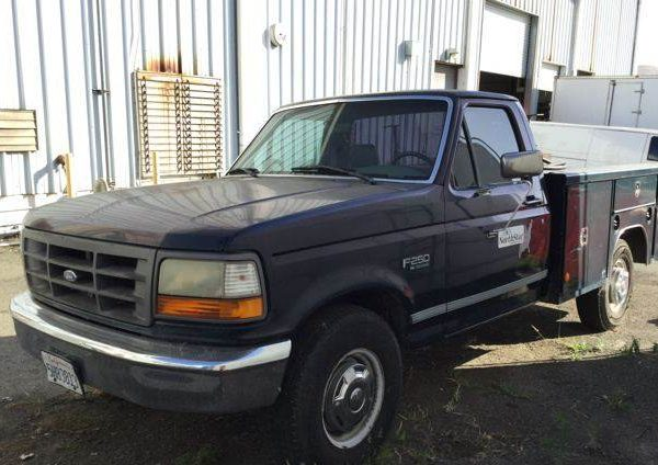 1995 Ford F-250 XL Super Duty Utility Truck